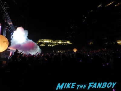 Paul Oakenfold los angeles set signing autographs for fans 1
