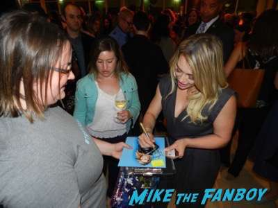 hilary duff meeting fans Younger FYC Panel Sutton Foster meeting fans hilary duff 15