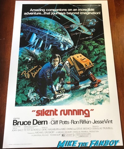 Bruce Dern signed silent running poster signing autographs meeting fans hollywood show