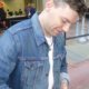 Patrick Fugit signing autographs for fans almost famous 4