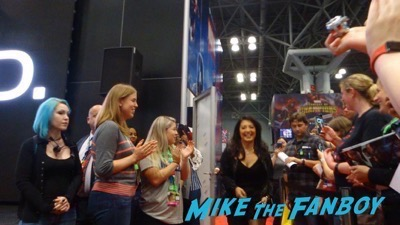 Agents of SHIELD NYCC signing autograph 2