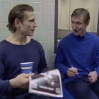 Wayne Gretzky and Max Domi signing autographs 1
