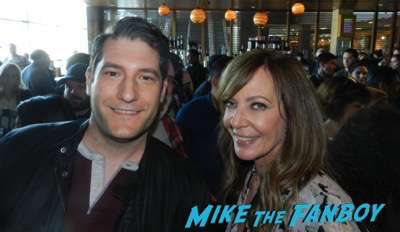 Allison Janney with fans selfie mike the fanboy