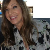Super Star Saturdays – Allison Janney meeting fans1