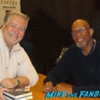 Kareem Abdul-Jabar book signing fan photo autograph