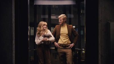 Andrea Riseborough and Austin Stowell in the film BATTLE OF THE SEXES. Photo courtesy of Fox Searchlight Pictures.© 2017 Twentieth Century Fox Film Corporation All Rights Reserved