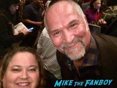John Kapelos with fans now