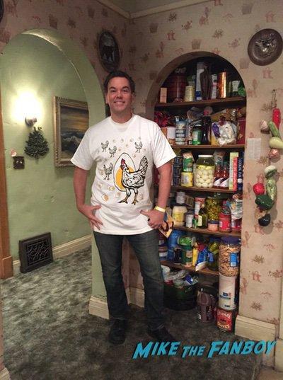 Roseanne Set Visit 2018 Connor kitchen 0035Roseanne Set Visit 2018 Connor kitchen 0035