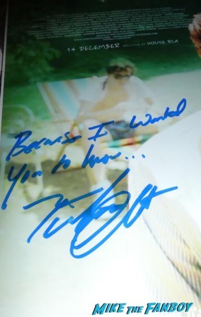 Timothée Chalamet meeting fans signing autographs 3