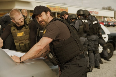 Den of Thieves Blu-ray Giveaway Contest 0000