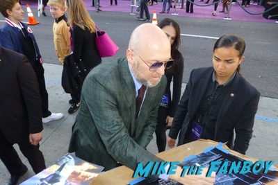 Ready Player One premiere los angeles signing autographs