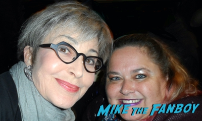 Annie Potts with fans young Sheldon fyc event with fans 0006