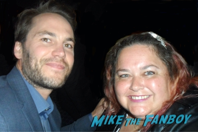 Taylor Kitsch with fans selfie rare0000