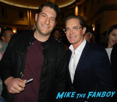 Kyle MacLachlan meeting fans signing autographs