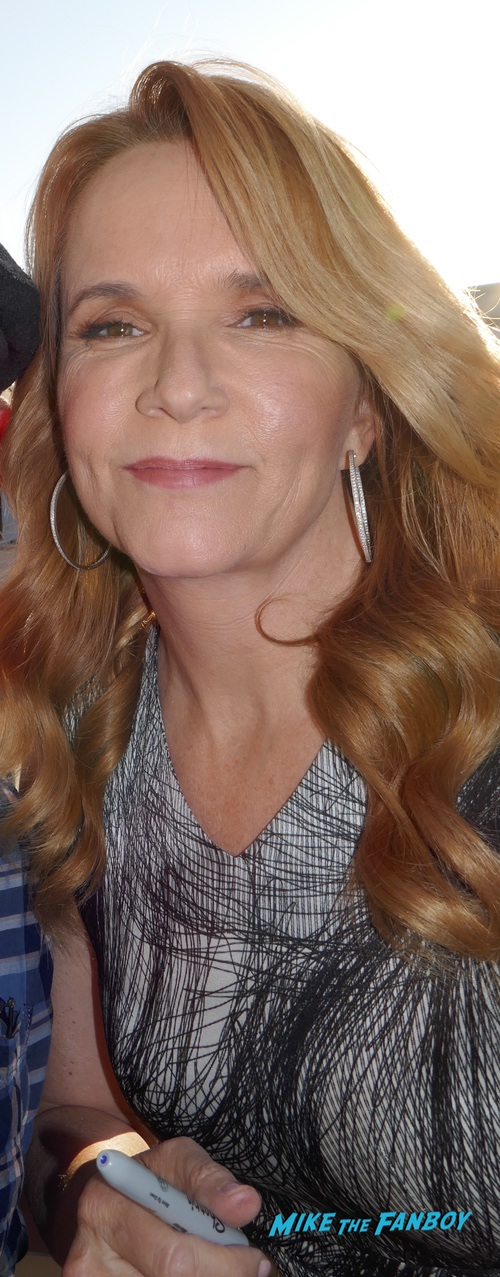 Lea Thompson with Fans Signing Autographs 0001