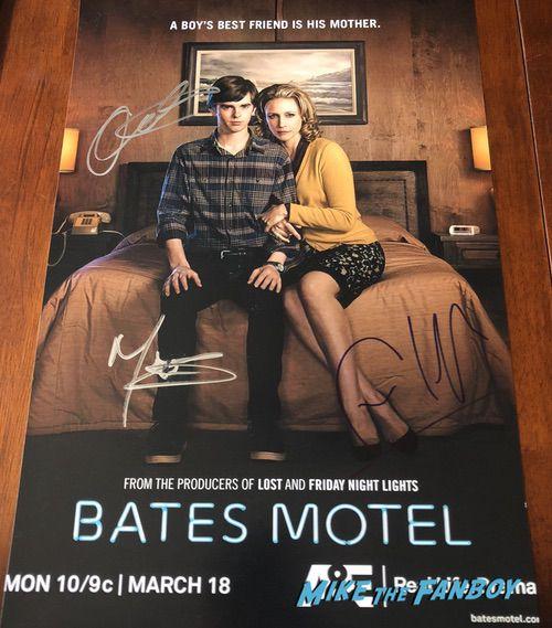 Freddie Highmore Bates Motel poster psa