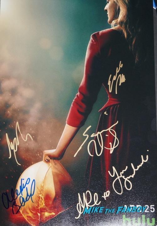The Handmaid's Tale Season 2 Signed Autograph poster PSA elisabeth moss