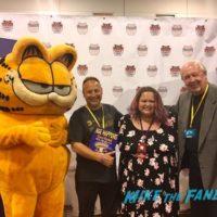 jim davis with fans0002