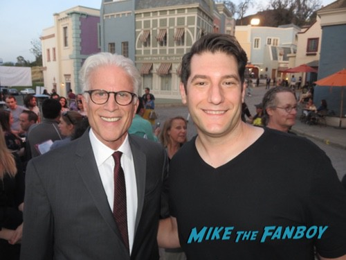 Ted Danson with fans 0000Ted Danson with fans 0000