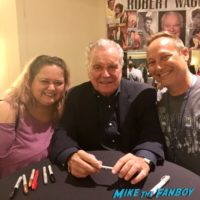 Robert Wagner with fans signing autographs 0002