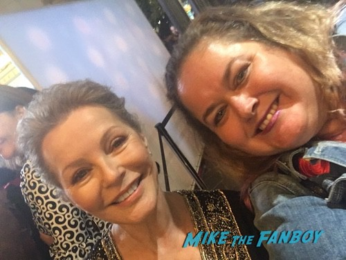 cheryl ladd With Fans hot sexy photo 0000