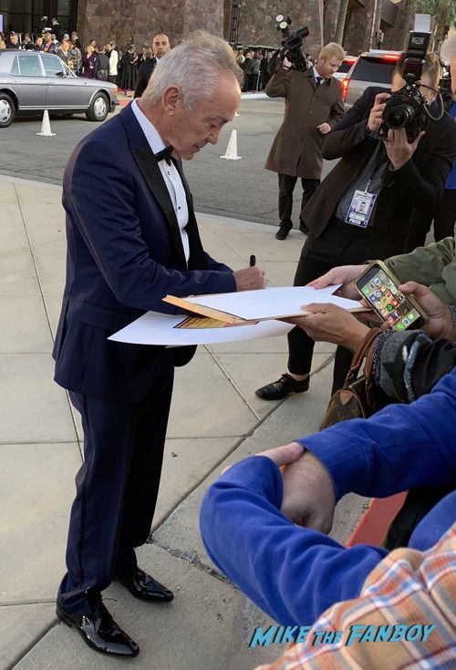 Udo Kier with fans Palm Spring Film Festival 2018 signing autographs bradley cooper 0003