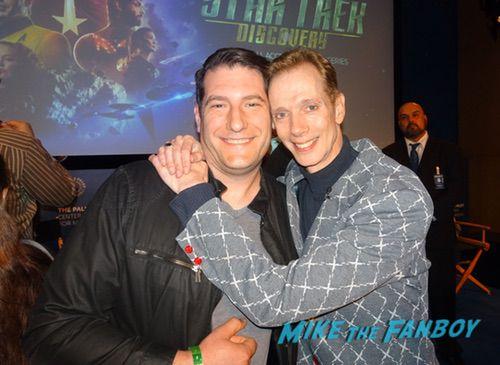 doug jones with fans Star Trek Discovery FYC Season 2 Panel Sonequa Martin Green With Fans autograph 0000