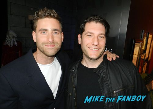Oliver Jackson-Cohen with fans The Haunting of Hill House FYC q and a 0009