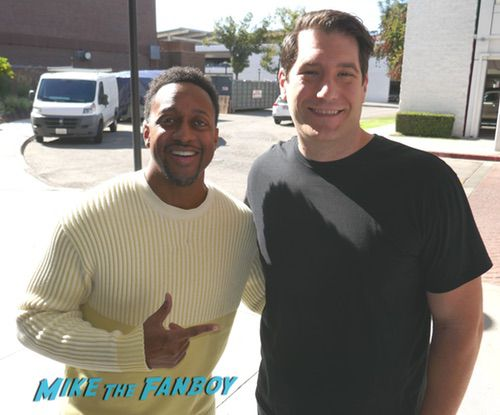 Jaleel White with fans It's a Wonderful Lifetime Holiday Event recap 0018