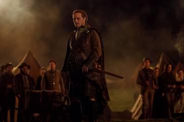 Sam Heughan as Jamie Fraser - Outlander Season 5 Episode 1