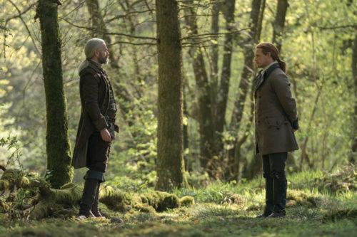 Duncan Lacroix as Murtagh Fitzgibbons and Sam Heughan as Jamie Fraser - Outlander Season 5 Episode 1