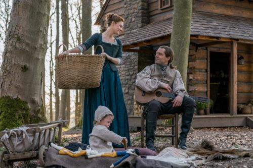 Richard Rankin as Roger MacKenzie and Sophie Skelton as Brianna Fraser MacKenzie