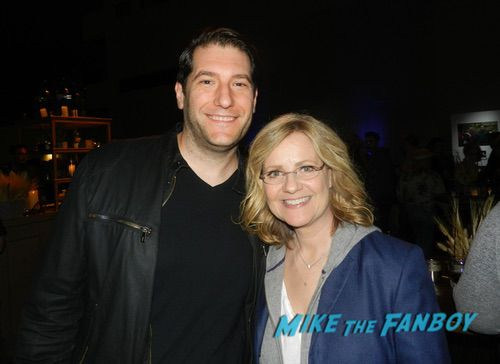Bonnie Hunt With Fans 0007
