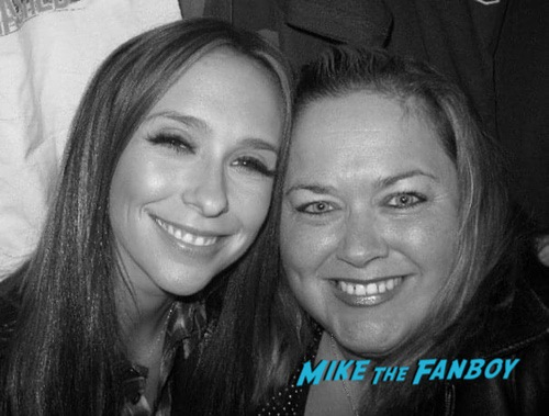 Jennifer Love Hewitt with fans I know what you did last summer cast Fan photo 0002